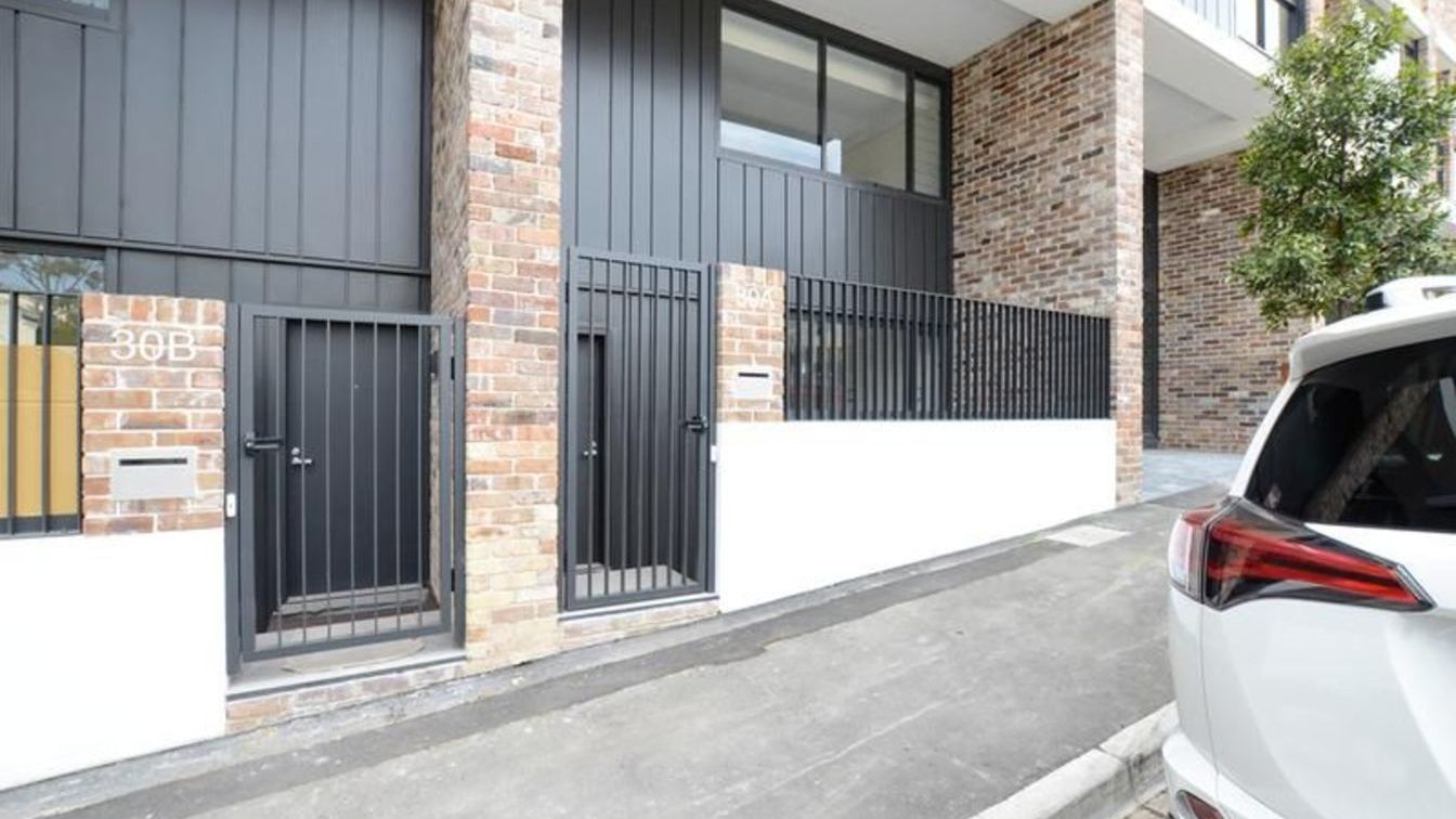 Affordable two bedroom terrace (Corner of Wentworth & Cowper Streets) - 30A Wentworth St, Glebe NSW 2037 - 1